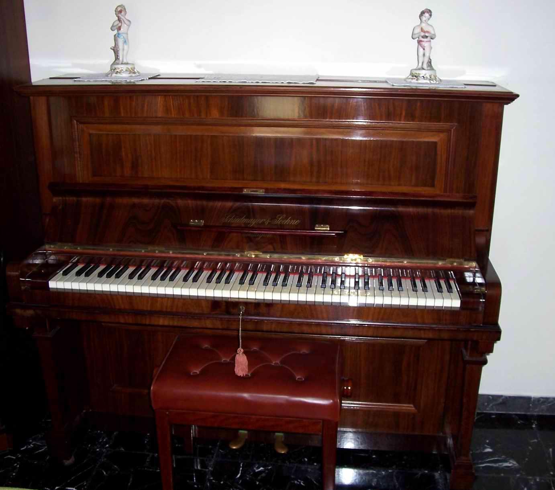 Hertzapoppin – Pianoforte verticale Schiedmayer & Soehne ...